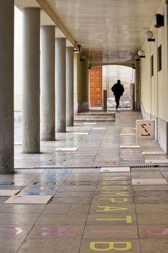 Intervención Urbana: las 7 instalaciones de Concéntrico, Festival de Arquitectura y Diseño de Logroño,Azpurgua, Concéntrico Festival de Arquitectura y Diseño de Logroño, Patio Ruavieja. Image © Josema Cutillas
