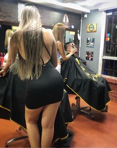 Long haired barberettes will cut anybody's hair.but they would really prefer long haired lady clients:) Barber Shop Interior, Barber Shop Decor, Hair And Beard Styles, Long Hair Styles, Barber Logo, Barber Haircuts, Hair Barber, Barbershop Design, Mädchen In Bikinis