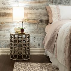 Did you see Stikwood last week on the Our Reclaimed Weathered Wood White made an appearance! Diy Home Decor Bedroom, Bedroom Wall, Bedroom Ideas, Master Bedroom, Rustic Wood Walls, Weathered Wood, Bedroom Design Inspiration, Design Ideas, Interior Inspiration