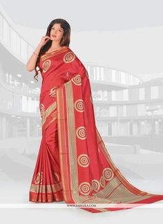 We have ensemble a symphony of enchanting piece to restyle your senses. Style and trend would be at the peak of your beauty the moment you dresses this red vasundhara pattu casual saree. Beautified wi...
