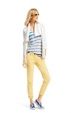 Inspired by the laid-back lifestyle of the shore, the nautical stripes, soft yellows, and crisp whites are what springtime is all about. Kick off your shoes and take a peek at how these seaside-inspired CAbi looks can be worn beyond the shore.