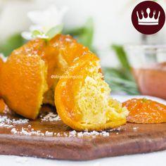 Que tal um bolo ecológico? Nosso delicioso bolo de laranja é assado dentro da casca, utiliza o bagaço da fruta para fazer a massa e o suco para fazer a cobertura! E nada de pensar que fica amargo ou com sabor estranho… Acredite, fica magnífico! <3