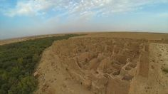 Vídeo corto realizado con un dron. Sobrevolando el palmeral de Meski y su antigua Kasbah.