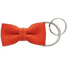 Schlüsselanhänger-Schleife aus Leder // Keychain leather-bow by KSIA via DaWanda.com