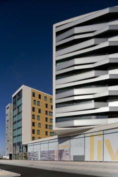 Edificio Residencial em Aveiro / RVDM
