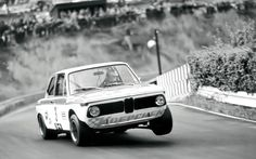 vintage-bmw-race-car
