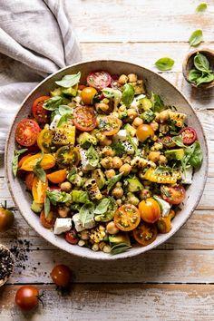 Corn, Tomato, and Avocado Chickpea Salad Kichererbsensalat mit Mais, Tomaten und Avocado Vegetarian Recipes, Cooking Recipes, Healthy Recipes, Cooking Tips, Clean Eating, Healthy Eating, Chickpea Salad, Couscous Salad, Pasta Salad