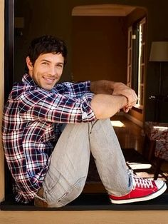 Michael Rady - With his chocolatey-brown eyes and beautiful smile. AND I just realized that I harbored quite a significant crush on him in The Sisterhood Of The Traveling Pants! Kostos!