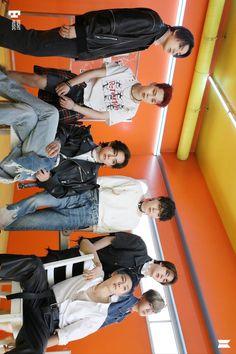 Foto Bts, Bts Photo, Bts Bangtan Boy, Bts Boys, Bts Jungkook, Foto Rap Monster Bts, Bts Group Picture, Bts Concept Photo, Bts Beautiful