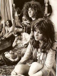 hippies by jody Hippie Chic, Hippie Man, Hippie Peace, Hippie Love, Hippie Bohemian, Boho Gypsy, Hippie Style, Hippie Fashion, 1970s Hippie