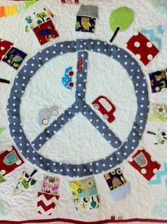 Baby play mat Quiet World Patchwork and Application Custom