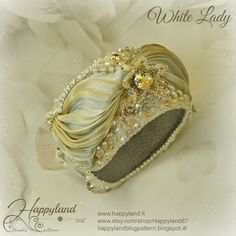 <White Lady. shibori