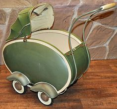 Dolls pram antique decoration rust wood vintage old poppers with hood – Typical Miracle Pram Stroller, Baby Strollers, Vintage Pram, Prams And Pushchairs, Baby Buggy, Dolls Prams, Baby Prams, Retro Futuristic, Childhood