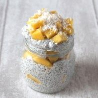 A deliciously clean eating pudding made with chia seeds, coconut milk and fresh mango