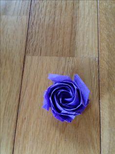 Naomiki Rose, folded by Teru Kutsuna.