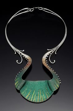 Mary Lee Hu, Choker 40, 1978, fine and sterling silver, 22K gold, lacquered copper, 10 x 6.5 x 1.5 inches, Collection of National Ornamental Metal Museum, photo: Doug Yaple