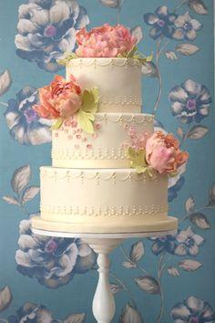 Peonies & pearls...this wedding cake is darling.