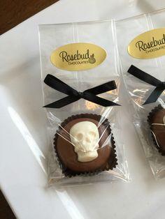 Milk Chocolate Skull Oreo Cookie Favors, Halloween Party Ideas