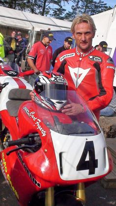 Carl Fogarty - Ducati 888