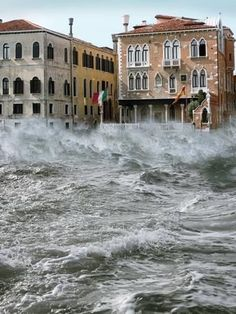 storm in Venice, province of Venezia , Veneto region Italy, wow can this city ever take any more? Verona, Places To Travel, Places To See, Travel Destinations, Places Around The World, Around The Worlds, Beautiful World, Beautiful Places, Severe Storms