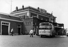Apeldoorn - station → Hier vandaan met de trein naar Deventer, daarna het noorden in.