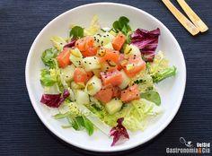 Ensalada de salmón marinado, melón y mostaza