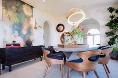 Elegant Dining Room Creates Easy, Comfortable Entertainment Space | HGTV