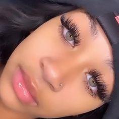 Eyelash Extensions Styles, Mink Lash Extensions, 4a Natural Hair, Natural Hair Styles, Cute Makeup, Gorgeous Makeup, Eyebrow Beauty, Eyelash Perm, Gray Eyes