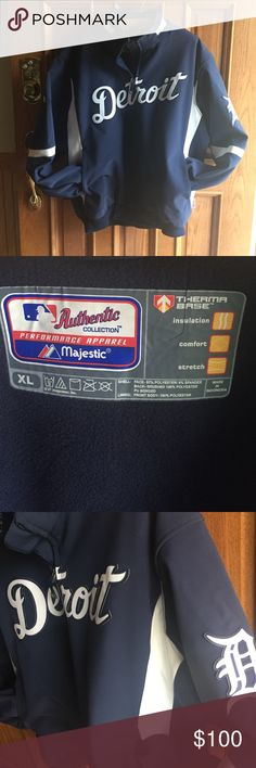 ⚾️⚾️ Majestic Coat- Offers ok. Worn a handful of times. No issues.  Awesome looking. Mid - weight. Majestic Jackets & Coats
