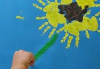 Sunflower Prints for pre-K and kindergarten, from www.kigaportal.com