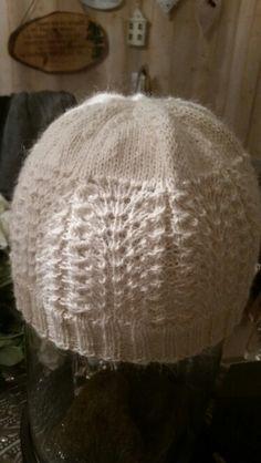 Mønster fra Klompelompeboka 2015 Crochet Hats, Fashion, Knitting Hats, Moda, Fashion Styles, Fashion Illustrations