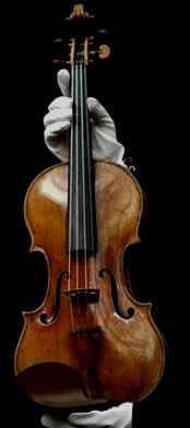 """The """"Hammer"""" (1707) was made during Stradivari's 'golden' period and is named after it's first recorded owner, Swedish collector Christian Hammer."""