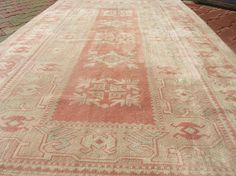Welcome to Sakura Turkey Vintage Tukish Pastel Colors Rug Oushak Rug, it is been washed with special technique. All pictures are taken by daylighting to show you correct colors. You can always contact with me. Material: Wool on Wool Size: 47x72 Feet 140x217 cm Stok No: 842 A