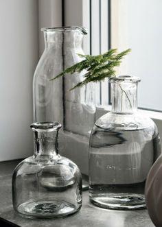 Delicate tree fern + heavy glass = perfection