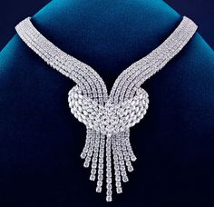 De Beers diamond necklace.  for more fashion and style visit www.repsacenterprises.com visit our store: http://stores.ebay.com/dtw9286/