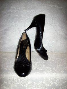 5b234105957 Vintage Black Patent Pumps Stilettos by Candie s Size 7 Only 8 USD