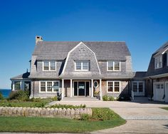 Beach house Shingle Style Home. Beautiful Shingle Style Home with Gambrel Roof. Nantucket Style Homes, Nantucket Home, Beach Cottage Style, Coastal Cottage, Coastal Homes, Beach House, Coastal Style, Coastal Living, Shingle Style Architecture
