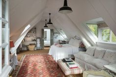 If you are lucky enough to have an attic in your home but haven't used this space for anything more than storage, then it's time to reconsider its use. An attic Attic Renovation, Attic Remodel, Attic Conversion, Loft Conversions, Attic Bedrooms, Garage Apartments, Attic Apartment, Attic Spaces, House Design