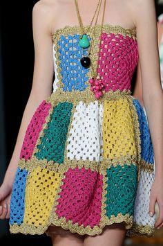 Summer and Pretty Chic Crochet Dress Granny Square Pattern Ideas Part 36 : . Summer and Pretty Chic Crochet Dress Granny Square Pattern Ideas Part 36 : … Summer and Beau Crochet, Crochet Diy, Crochet Skirts, Crochet Woman, Crochet Clothes, Crochet Outfits, Crochet Designs, Crochet Patterns, Crochet Motif