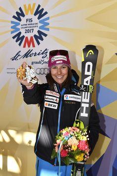 Wendy Holdener *SILBER* Champs, Skiing, Sports, Fashion, Ski, Hs Sports, Moda, La Mode, Sport