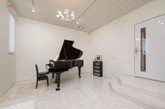 お嬢さまの夢を叶えた快適防音室「奏でる家」