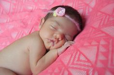 Вязаные аксессуары для фотосъёмки новорожденных