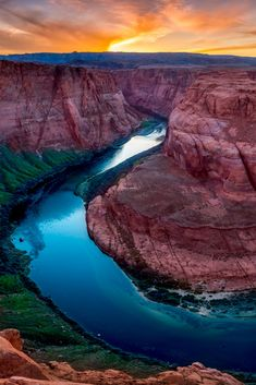 Horseshoe Bend is a horseshoe-shaped incised meander of the Colorado River located near the town of Page, Arizona, United States. Horseshoe Bend is located 5 miles downstream from the Glen Canyon Dam and Lake Powell within Glen Canyon National Recreation Area, about 4 miles southwest of Page. #landscape #photography #Arizona