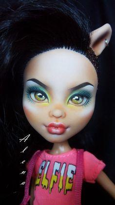 OOAK doll Monster High Howleen Wolf | Etsy Bratz Doll, Ooak Dolls, Howleen Wolf, Monster High, Halloween Face Makeup, Etsy, Art, Art Background, Kunst