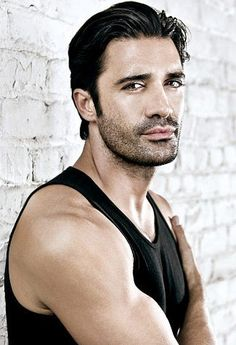 Giles Marini(born January 26, 1976) is a French-American actor.  Marini was born in Grasse, Provence-Alpes-Côte d'Azur, France to a Greek mother and Italian father