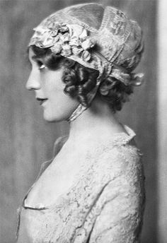 Mary Pickford portrait by Arnold Genthe.