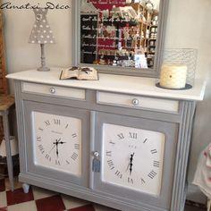 renovation d 39 une armoire avec peinture liberon et grillage poule tissus pois beige et blanc. Black Bedroom Furniture Sets. Home Design Ideas