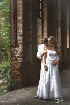 Tu Boda: el día más importante de tu vida. Vive con romanticismo, nosotros nos encargamos de registrar los mejores recuerdos, con armonía y distinción. Ph: Morris www.morrisfotografia.com #boda #fotografiadeboda #novios #fotografo