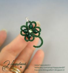 Le gioie di Happyland Tatting Earrings, Tatting Jewelry, Thread Jewellery, Beaded Jewelry, Handmade Jewelry, Needle Tatting, Tatting Lace, Tatting Patterns, Crochet Patterns
