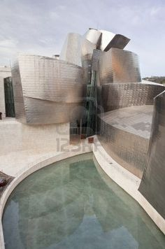 Bilbao,Artificial lake side of the Guggenheim Museum of Contemporary Art, designed by architect Frank O. Gehry